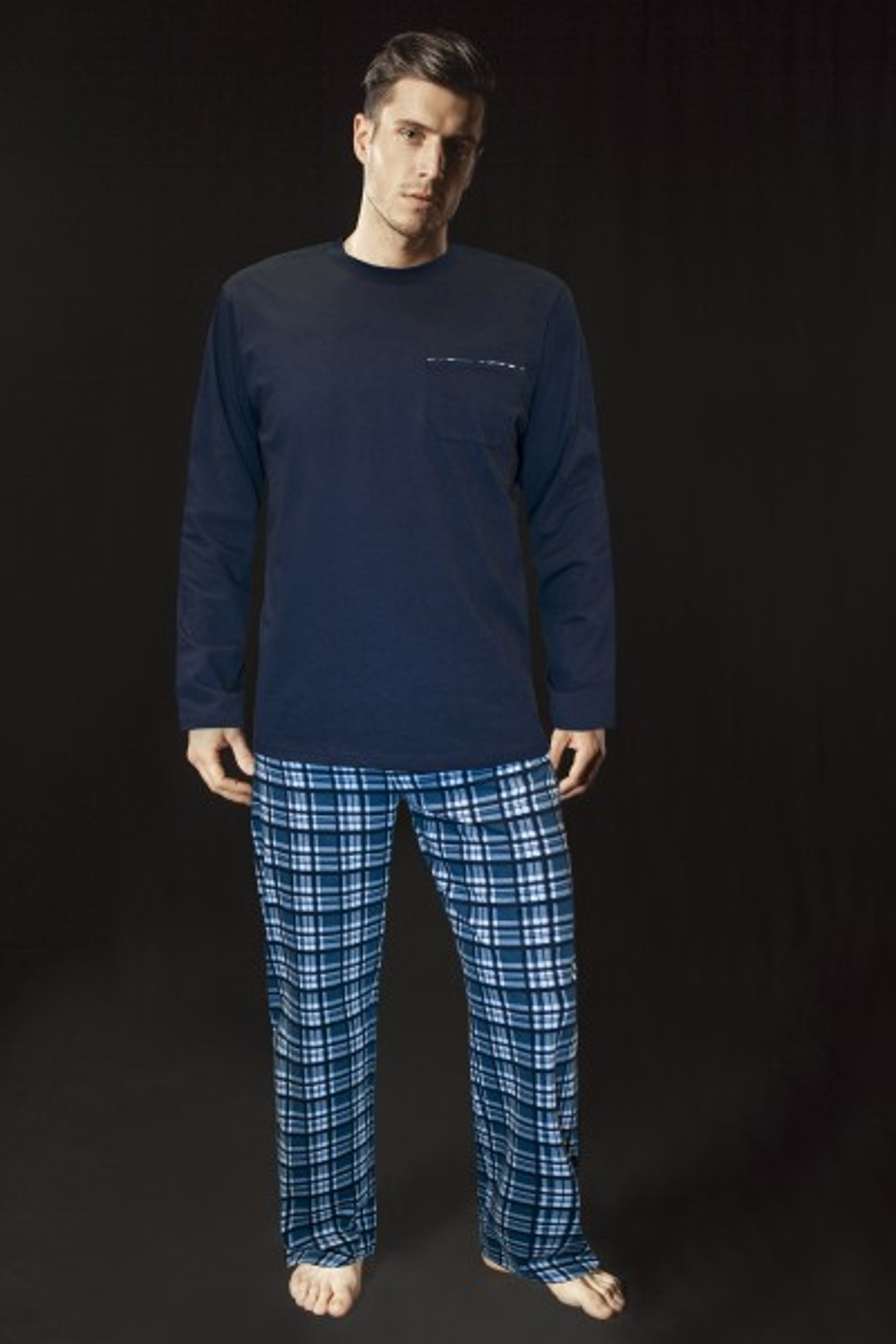 Пижама со долги ракави